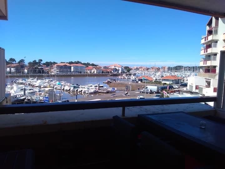 studio vue sur le port de capbreton