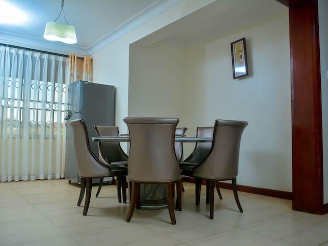 OLIVE APARTMENTS - Kampala - Apartament