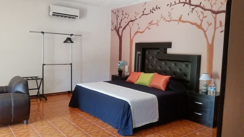 """SUITE SOFIA 3, Hotel """"La Sofia"""" Estancia"""
