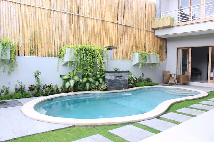 Peaceful and Comfortable Homestay in seminyak