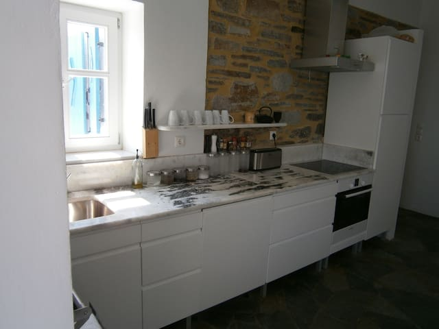 Kitchen: new appliances, local marble countertops