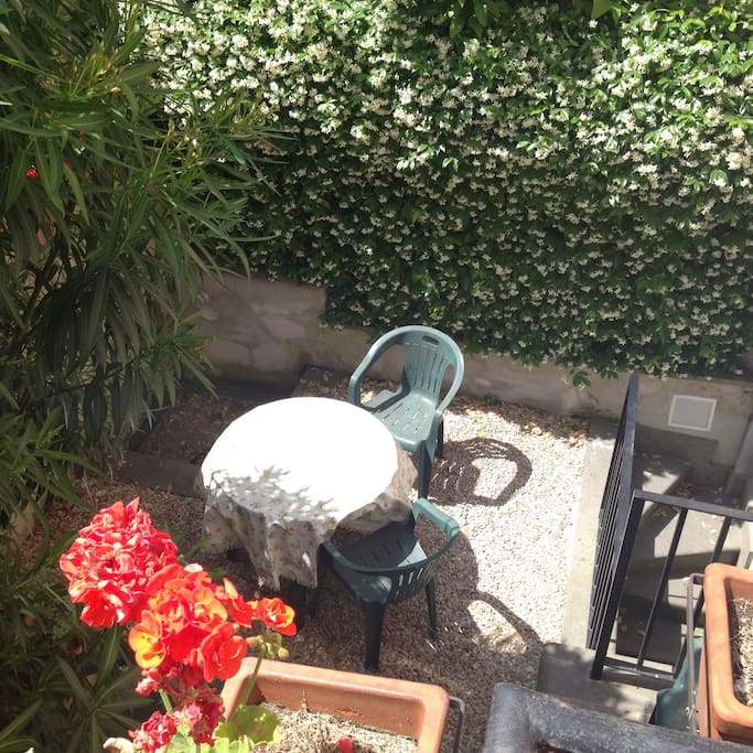 Il giardino dell'appartamento, sarà solo per voi!