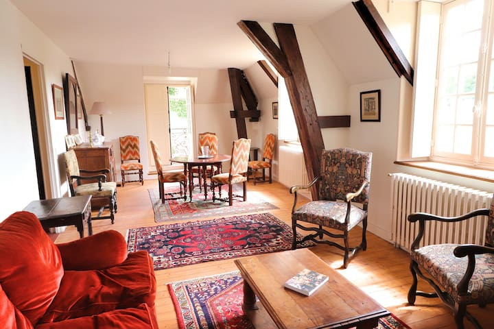 Logement indépendant pour 4 personnes au Château