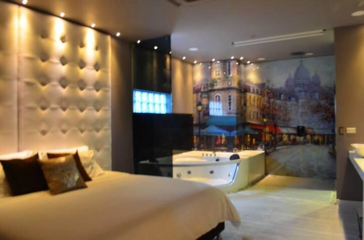 Luxor Boutique two bedroom Parque Lleras Loft