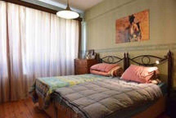 A Room in Şişli For Two - şişli - Apartment