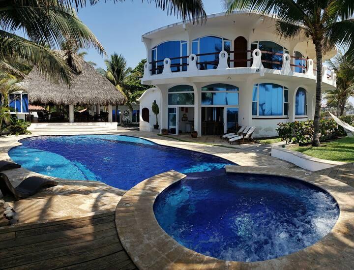 Casa Marbella! Frente al mar! Iztapa, Monterrico!