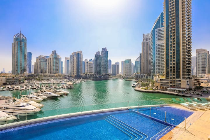 High end Luxury furnished 2 bed Full Marina view