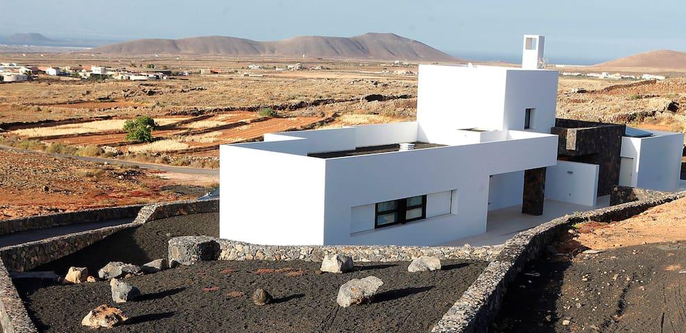 Lujosa y nueva villa con vistas - Fuerteventura - Villa