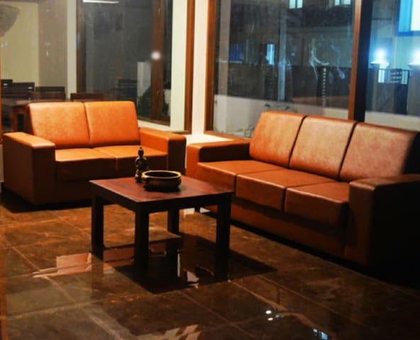 Blackroots 1BHK Serviced Apartments - Coimbatore - Wohnung