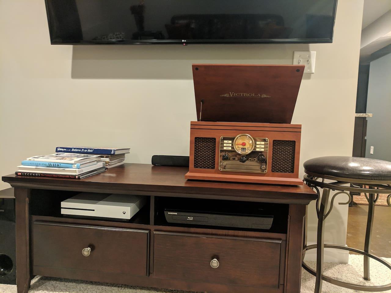 Radio/cassette/CD/record player