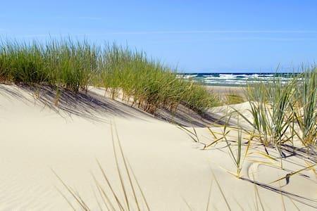 Fårö - Tranquillity - Solitude - Gotland N - กระท่อม