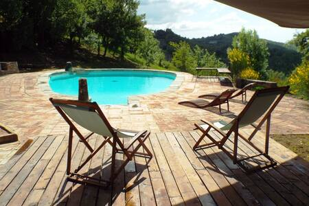 Studio in tuscan farmhouse + pool - Monteguidi - House