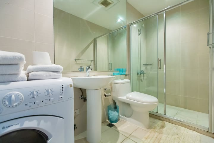 Luxurious 2 bedroom condominium. - Ciutat de Makati - Pis