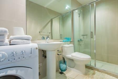 Luxurious 2 bedroom condominium. - มาคาติซิตี้