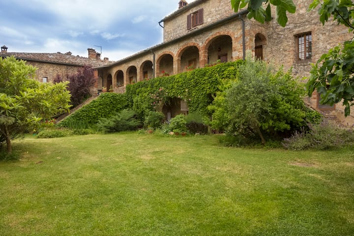 ROMANTIC ESCAPE THE ARCHES - Podere Causa  - Apartment