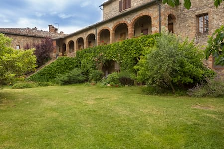ROMANTIC ESCAPE THE ARCHES - Podere Causa  - Wohnung