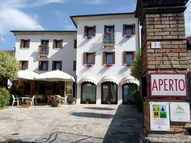 Tra le colline di Valdobbiadene - Farra di Soligo - Bed & Breakfast