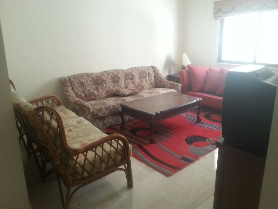 Studio apartment with 2 rooms apartments for rent in for Living room amman