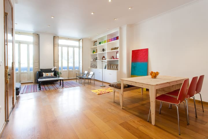 Big Flat, sunny terrace, 7 people - València - Apartamento