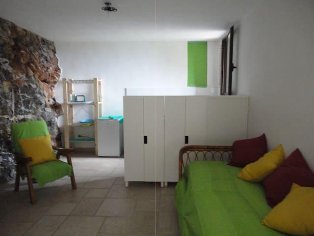 Bilocale con patio panoramico 4 px - Scario - Apartamento