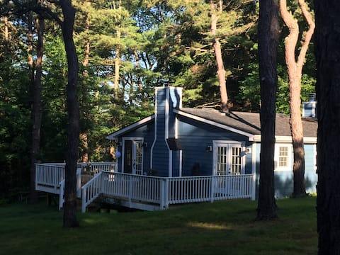 Deep Creek Lake Cozy Cottage