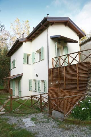 Monolocale e giardino sull'Appennino ToscoEmiliano - Anconella - Apartemen