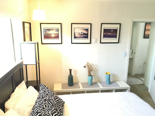 Steps to Beach, Canals & Abbot Kinney! - Los Angeles - Apartment
