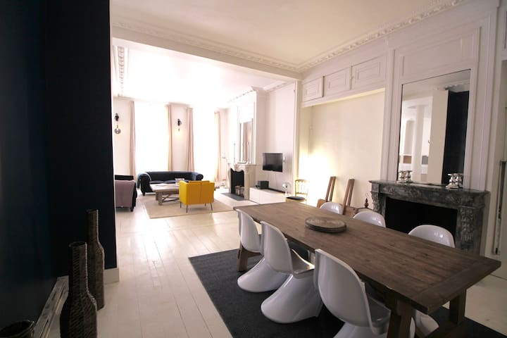Extraordinary Flat in Lille