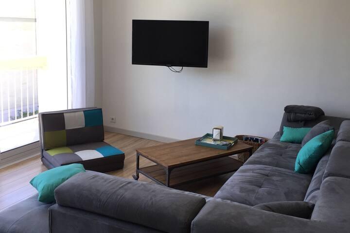 Appartement moderne entre calanques et plages