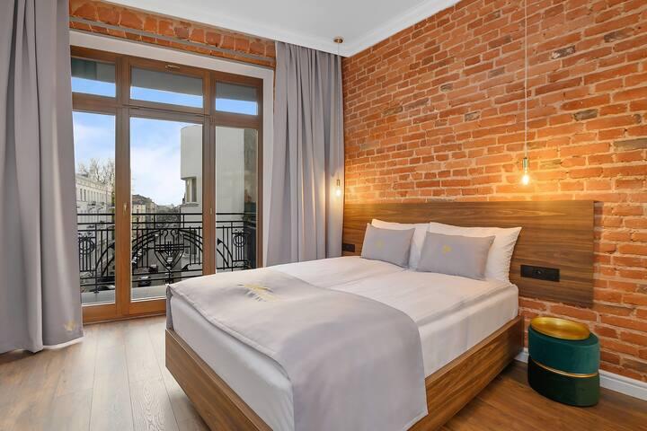 Krzywa Kamienica-Studio typu superior 4 z balkonem