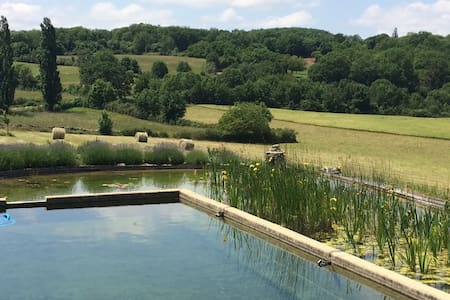 House in rural Quercy with pool - Ginouillac - Hus