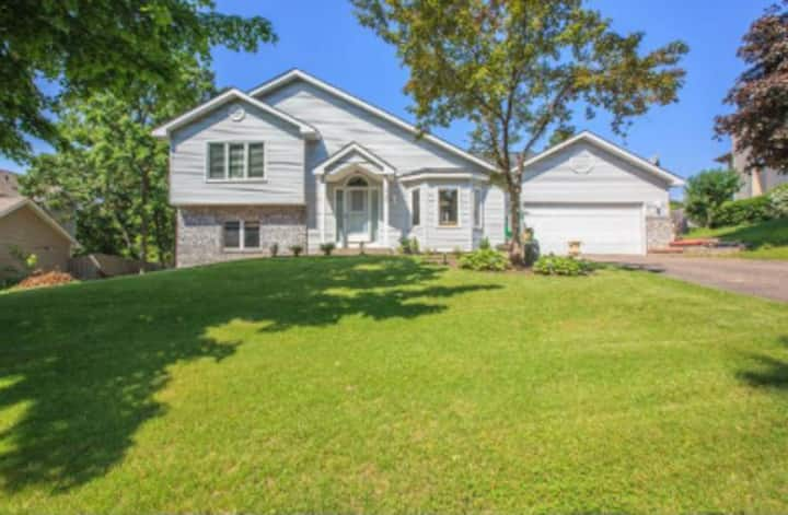 Beautiful House with 3 beds and 2 baths