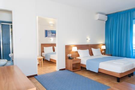 Sea side 2 bedroom apartment  - Melissi - Bed & Breakfast