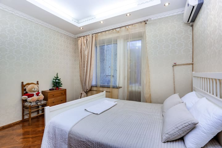 HomeBooking Central Apartments near Red Sqare