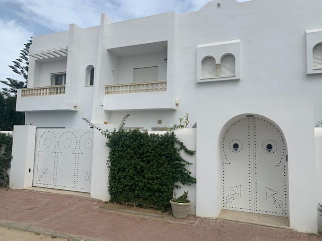 Airbetter -Superb 2bed Villa with pool Iris 2 Hammamet