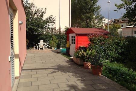 Loft moderno, tra Prato e Pistoia - Agliana - Loft