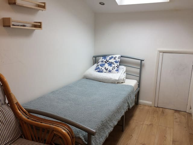 Cheap Bicester Bed