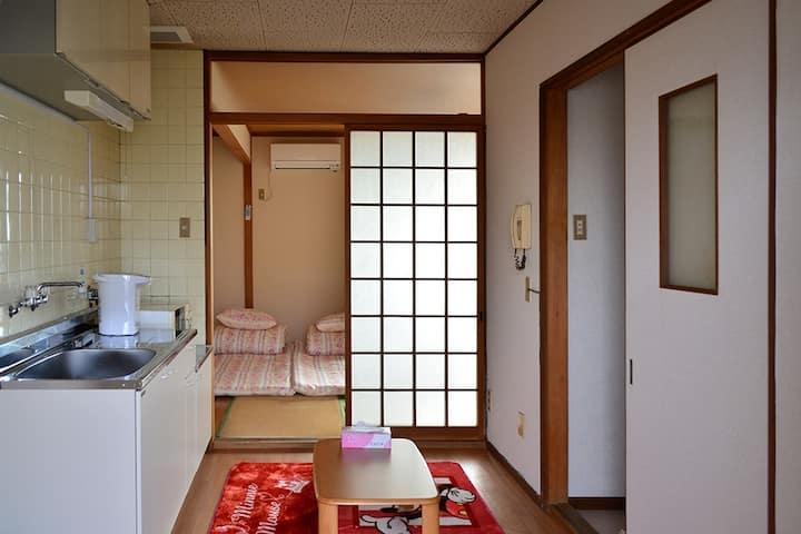Osaka Tanpopohouse 302(subway 2 stop to Dotombori)