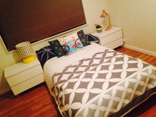 A Bed close to everything.... - Coffs Harbour - Departamento