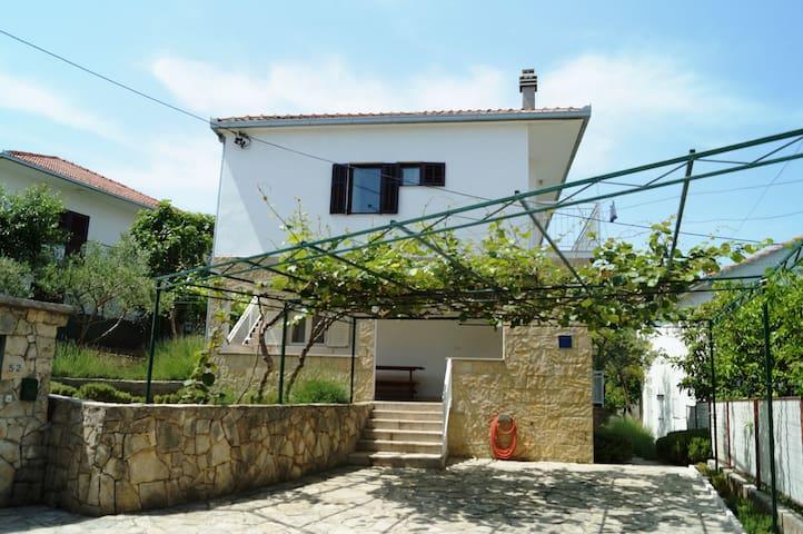 Sea View Holiday House Ciovo - Split - House