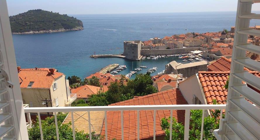 Amazing View Apartment Bellavista