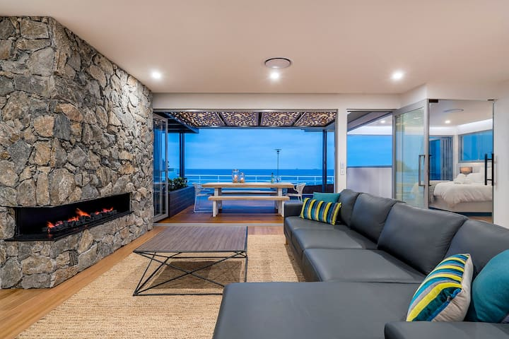 The Beach House at Merewether - Merewether - Huis