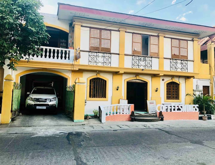 Affordable and near Calle Crisologo!