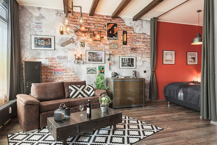 Loft Style Apartment trendy Berlin Friedrichshain