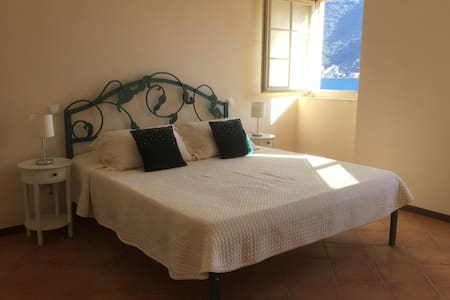 7 Hills Vila Perast -Suite Sea View - Perast - Bed & Breakfast