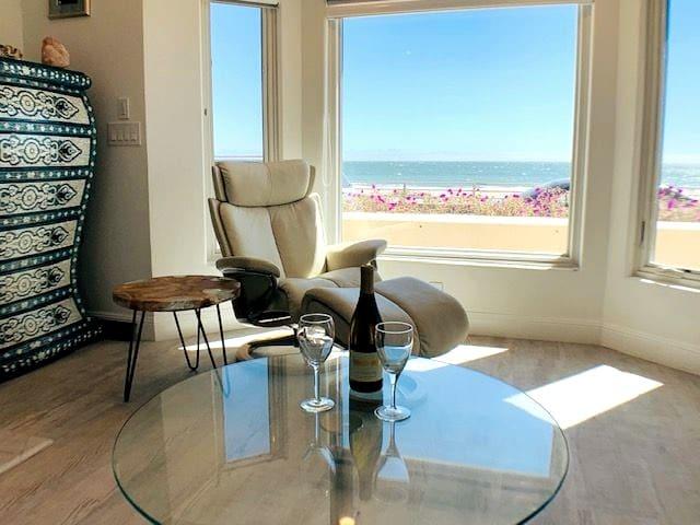 Exclusive Beach Retreat 411
