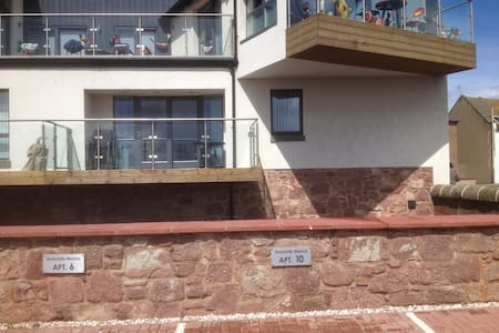 Arbroath luxury harbour apartment