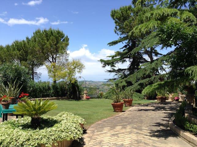 Villa in campagna - Moscufo - Villa