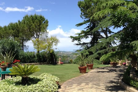Villa in campagna - Moscufo - Willa