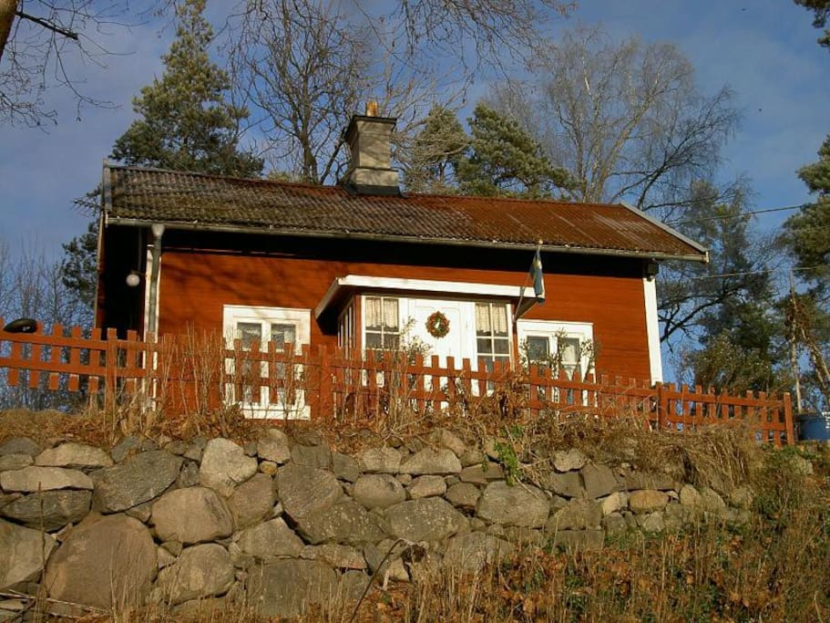 Place below the stone wall on the large 7000 sq meter lot